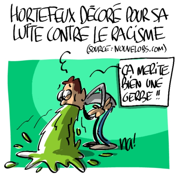 Nactualités : Brice Hortefeux décoré pour sa lutte contre le racisme (source : nouvelobs.com)