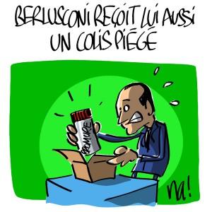 Nactualités : Berlusconi reçoit lui aussi un colis piégé