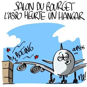 Nactualités : Salon du Bourget, l'Airbus A380 heurte un hangar