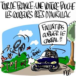 Nactualités : Tour de France, une voiture fauche des coureurs près d'Aurillac