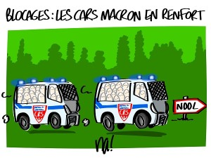 Blocages : les cars Macron en renfort