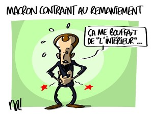 Macron contraint au remaniement